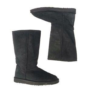 Classic tall black UGG boots
